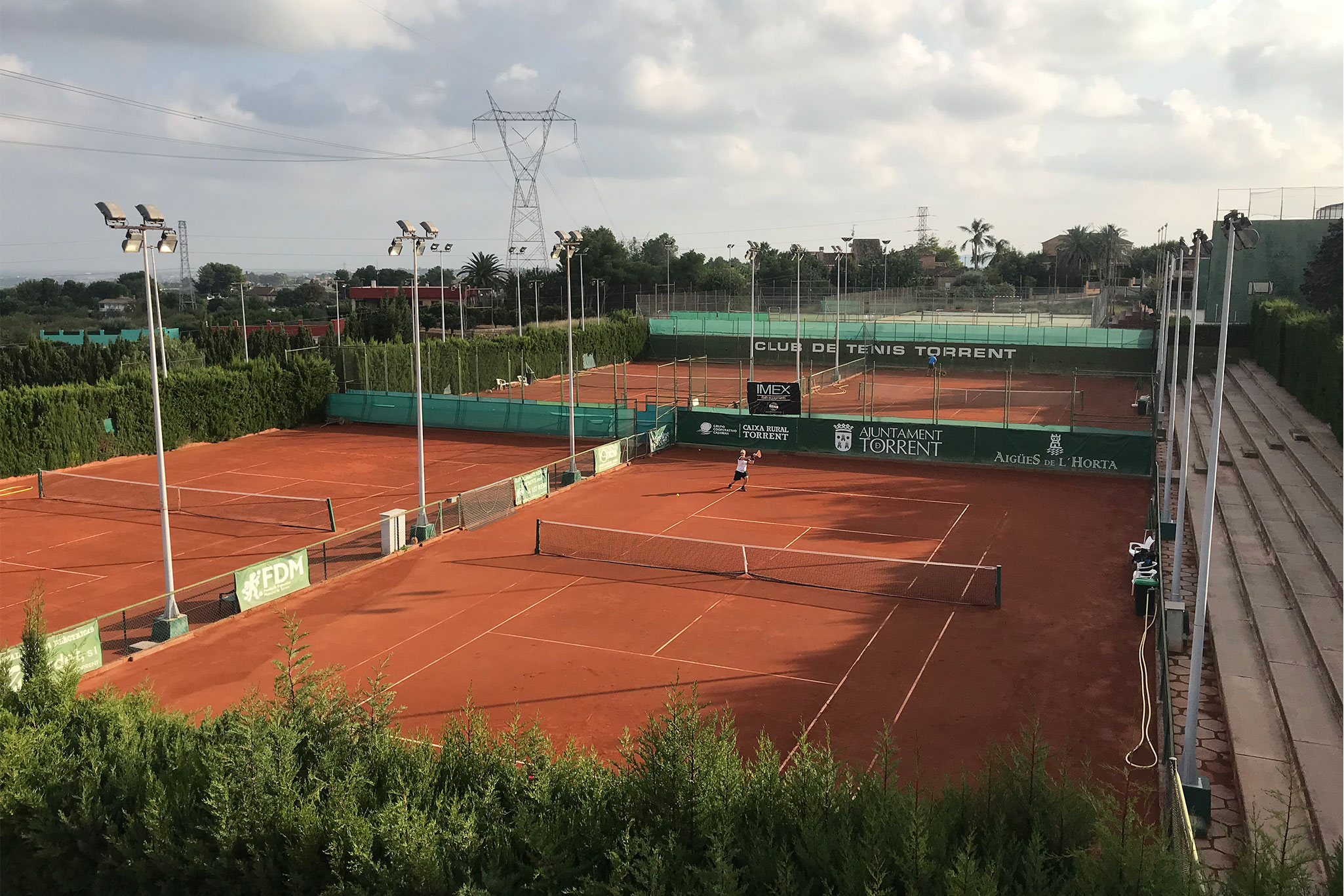 Instalaciones GMT Club Tenis Torrent